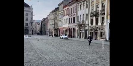 Фото – скриншот з відео Андрія Садового