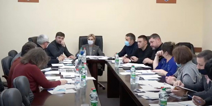 Photo credit: Screenshot from broadcast of NikVesti