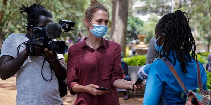 Маріель Мюллер саме брала інтерв'ю, коли її поранили, фото – Ed Ram / DW